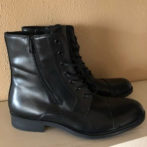 Kenneth Cole Reaction Single Mind Boots Size 9
